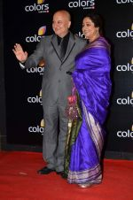 Anupam Kher, Kirron Kher at Colors red carpet in Grand Hyatt, Mumbai on 1st March 2014 (379)_5312fcca9af09.JPG