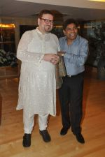 Johnny Lever, Nitin Mukesh with celebs protest Subrata Roy_s arrest in Mumbai on 2nd March 2014 (51)_53141e1fc341a.JPG