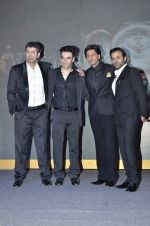 Kunal Kohli, Shahrukh Khan, Tarun Mansukhani, Punit Malhotra unveils Tag Heuer_s Golden Carrera watch collection in Taj Land_s End, Mumbai on 3rd March 2014 (86)_5315a4aa002e7.JPG