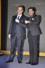 Shahrukh Khan, Franck Dardenne unveils Tag Heuer_s Golden Carrera watch collection in Taj Land_s End, Mumbai on 3rd March 2014 (15)_5315a5dd99817.JPG