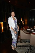 Sameera Reddy at Neeta Lulla_s 50th birthday bash in Ariola, Mumbai on 4th March 2014 (150)_5316c64b587aa.JPG