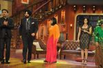 Sunny Leone, Ekta Kapoor on the sets of Comedy Nights with Kapil in Filmcity, Mumbai on 4th March 2014 (1)_5316c7207b89e.JPG