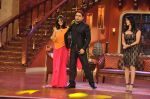 Sunny Leone, Ekta Kapoor on the sets of Comedy Nights with Kapil in Filmcity, Mumbai on 4th March 2014 (26)_5316c720df2e6.JPG