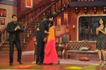 Sunny Leone, Ekta Kapoor on the sets of Comedy Nights with Kapil in Filmcity, Mumbai on 4th March 2014 (79)_5316c7258e65b.JPG