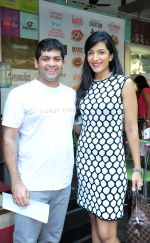 Co founder of Hokey Pokey - Rohan Mirchandani with actress Lisa Mangaldas_531dcdf631279.JPG
