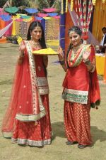 Shefali Sharma, Neha Bagga at Colors Holi bash in Malad, Mumbai on 9th March 2014 (54)_531da2d0c927a.JPG
