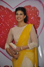 Jacqueline Fernandez at The Love Diet book launch in Bandra, Mumbai on 11th March 2014 (36)_53204408de7ad.JPG