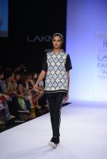Model walk for Huemn Show at LFW 2014 Day 1 in Grand Hyatt, Mumbai on 12th March 2014 (115)_53204de26f75c.JPG
