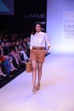 Model walk for Nikhil Thampi Show at LFW 2014 Day 1 in Grand Hyatt, Mumbai on 12th March 2014 (48)_53204f0229b4d.JPG