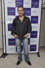 Ravi behl at the launch of smile bar in Mumbai on 11th March 2014 (216)_531ffd5b6fb64.JPG