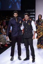 Ali Fazal walk for Digvijay Singh Show at LFW 2014 Day 1 in Grand Hyatt, Mumbai on 12th March 2014 (34)_53217d78429a4.JPG