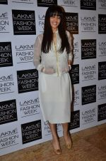 Genelia Deshmukh on Day 1 at LFW 2014 in Grand Hyatt, Mumbai on 12th March 2014(402)_532185eb6f917.JPG