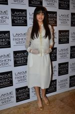 Genelia Deshmukh on Day 1 at LFW 2014 in Grand Hyatt, Mumbai on 12th March 2014(405)_532185ec886c3.JPG