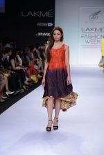 Model walk for Digvijay Singh Show at LFW 2014 Day 1 in Grand Hyatt, Mumbai on 12th March 2014 (36)_53217d865caba.JPG