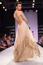 Model walk for Jade Show at LFW 2014 Day 2 in Grand Hyatt, Mumbai on 13th March 2014 (139)_53219efe85d75.JPG