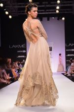 Model walk for Jade Show at LFW 2014 Day 2 in Grand Hyatt, Mumbai on 13th March 2014 (140)_53219efee78d5.JPG