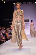 Model walk for Jade Show at LFW 2014 Day 2 in Grand Hyatt, Mumbai on 13th March 2014 (143)_53219f0010352.JPG