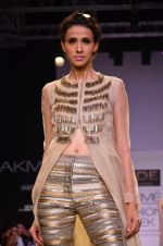 Model walk for Jade Show at LFW 2014 Day 2 in Grand Hyatt, Mumbai on 13th March 2014 (145)_53219f00da37c.JPG