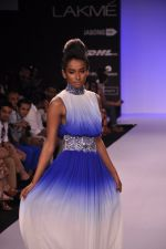 Model walk for KHEM Show at LFW 2014 Day 2 in Grand Hyatt, Mumbai on 13th March 2014 (102)_53219f4552c89.JPG