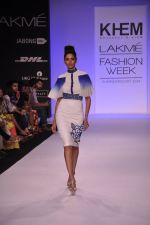Model walk for KHEM Show at LFW 2014 Day 2 in Grand Hyatt, Mumbai on 13th March 2014 (23)_53219f26c08ad.JPG