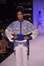 Model walk for KHEM Show at LFW 2014 Day 2 in Grand Hyatt, Mumbai on 13th March 2014 (48)_53219f302daf6.JPG