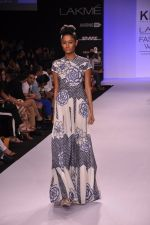 Model walk for KHEM Show at LFW 2014 Day 2 in Grand Hyatt, Mumbai on 13th March 2014 (75)_53219f3a95de1.JPG