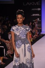 Model walk for KHEM Show at LFW 2014 Day 2 in Grand Hyatt, Mumbai on 13th March 2014 (79)_53219f3c1077c.JPG