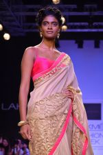 Model walk for Mandira Bedi Show at LFW 2014 Day 2 in Grand Hyatt, Mumbai on 13th March 2014 (44)_53219f93742e7.JPG