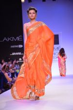 Model walk for Mandira Bedi Show at LFW 2014 Day 2 in Grand Hyatt, Mumbai on 13th March 2014 (61)_53219f99a5349.JPG