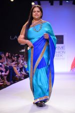 Model walk for Mandira Bedi Show at LFW 2014 Day 2 in Grand Hyatt, Mumbai on 13th March 2014 (66)_53219f9b769e8.JPG