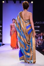Model walk for Mandira Bedi Show at LFW 2014 Day 2 in Grand Hyatt, Mumbai on 13th March 2014 (88)_53219fa3833c1.JPG