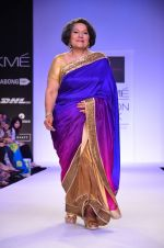 Model walk for Mandira Bedi Show at LFW 2014 Day 2 in Grand Hyatt, Mumbai on 13th March 2014 (96)_53219fa68cc54.JPG