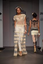 Model walk for Sounia Gohil Show at LFW 2014 Day 1 in Grand Hyatt, Mumbai on 12th March 2014 (126)_532183ab12270.JPG