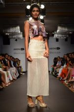 Model walk for Sounia Gohil Show at LFW 2014 Day 1 in Grand Hyatt, Mumbai on 12th March 2014 (158)_532183baaa7e4.JPG