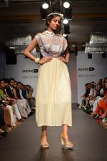 Model walk for Sounia Gohil Show at LFW 2014 Day 1 in Grand Hyatt, Mumbai on 12th March 2014 (167)_532183bf35fe3.JPG