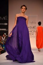 Model walk for Suman Nathwani Show at LFW 2014 Day 2 in Grand Hyatt, Mumbai on 13th March 2014 (106)_53219ffac9750.JPG