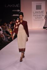 Model walk for VERB Show at LFW 2014 Day 2 in Grand Hyatt, Mumbai on 13th March 2014 (26)_53219ff7eee9d.JPG