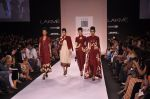Model walk for VERB Show at LFW 2014 Day 2 in Grand Hyatt, Mumbai on 13th March 2014 (37)_53219ffc2cb2e.JPG