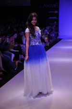 Rakul Preet Singh walk for KHEM Show at LFW 2014 Day 2 in Grand Hyatt, Mumbai on 13th March 2014 (15)_53219f40ccff5.JPG