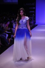 Rakul Preet Singh walk for KHEM Show at LFW 2014 Day 2 in Grand Hyatt, Mumbai on 13th March 2014 (16)_53219f412e173.JPG