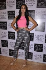 Sonal Chauhan on Day 1 at LFW 2014 in Grand Hyatt, Mumbai on 12th March 2014(152)_532187aa2e71a.JPG