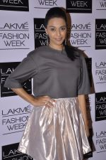 Swara Bhaskar on Day 1 at LFW 2014 in Grand Hyatt, Mumbai on 12th March 2014(186)_532187d16526c.JPG