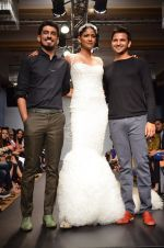 Carol Gracias walk for Carleo Show at LFW 2014 Day 2 in Grand Hyatt, Mumbai on 13th March 2014 (21)_53229bafcceeb.JPG