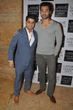 Hanif Hilal at Love From India Show at LFW 2014 Day 2 in Grand Hyatt, Mumbai on 13th March 2014 (61)_532268dd3baa0.JPG
