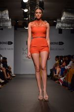 Model walk for Carleo Show at LFW 2014 Day 2 in Grand Hyatt, Mumbai on 13th March 2014 (12)_53229bbae47f7.JPG