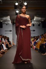 Model walk for Carleo Show at LFW 2014 Day 2 in Grand Hyatt, Mumbai on 13th March 2014 (44)_53229bc9d84a8.JPG
