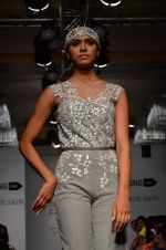 Model walk for Carleo Show at LFW 2014 Day 2 in Grand Hyatt, Mumbai on 13th March 2014 (5)_53229bb8104b5.JPG