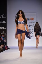 Model walk for Dorothy Perkins Show at LFW 2014 Day 2 in Grand Hyatt, Mumbai on 13th March 2014 (129)_53229cc7b93ad.JPG