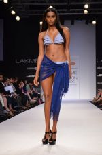 Model walk for Dorothy Perkins Show at LFW 2014 Day 2 in Grand Hyatt, Mumbai on 13th March 2014 (140)_53229ccbc5637.JPG