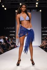 Model walk for Dorothy Perkins Show at LFW 2014 Day 2 in Grand Hyatt, Mumbai on 13th March 2014 (141)_53229ccc29696.JPG